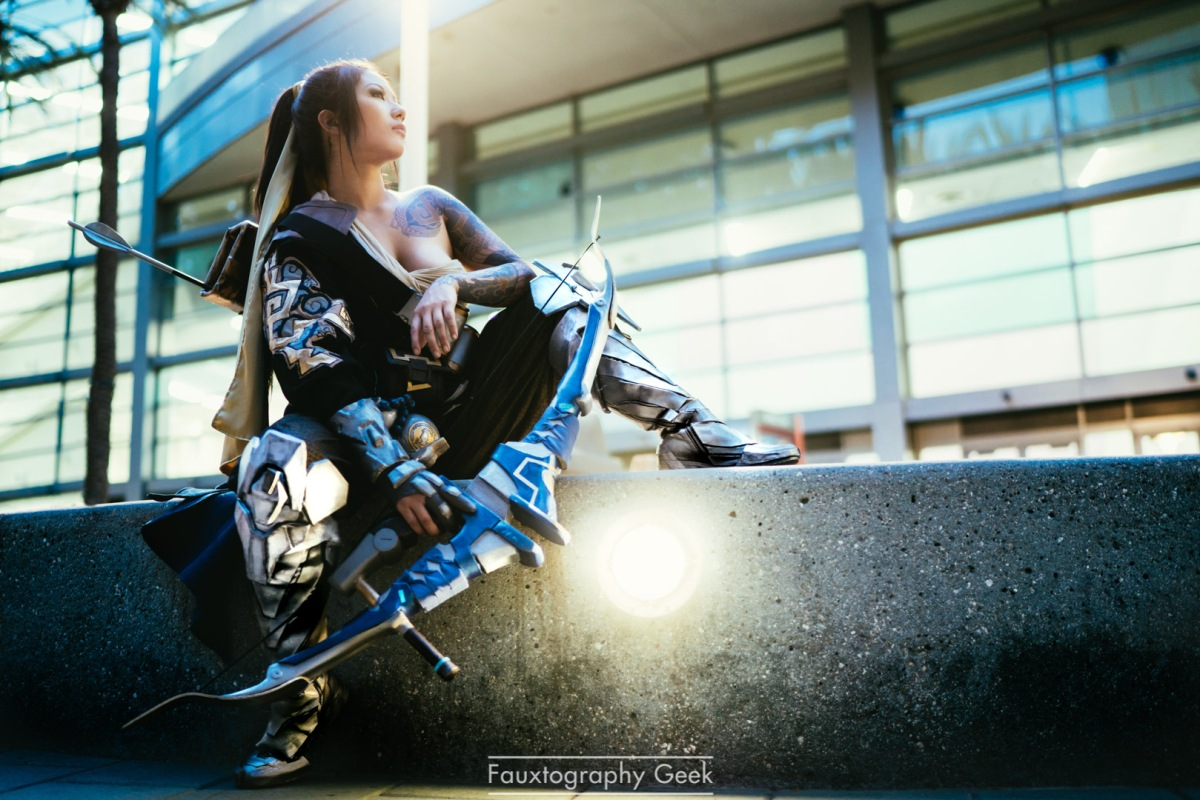Genderbent Hanzo Cosplay  from Overwatch  By Rian Synnth